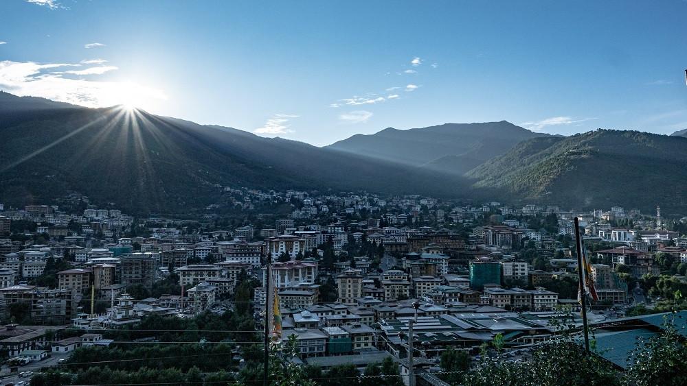 Thimphu on noin 79 000 (pääasiassa buddhalaisen) asukkaan kaupunki.