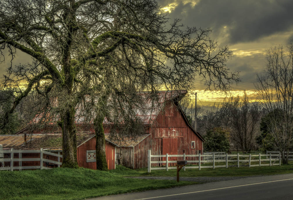 Red Barn Hwy193_Cjn