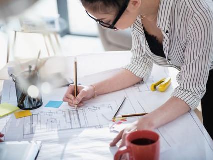 Afinal, qual a diferença entre o arquiteto, designer de interiores e decorador?