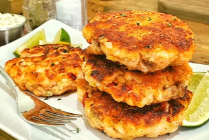 Salmon Cakes with Chipotle Dill Tartar Sauce