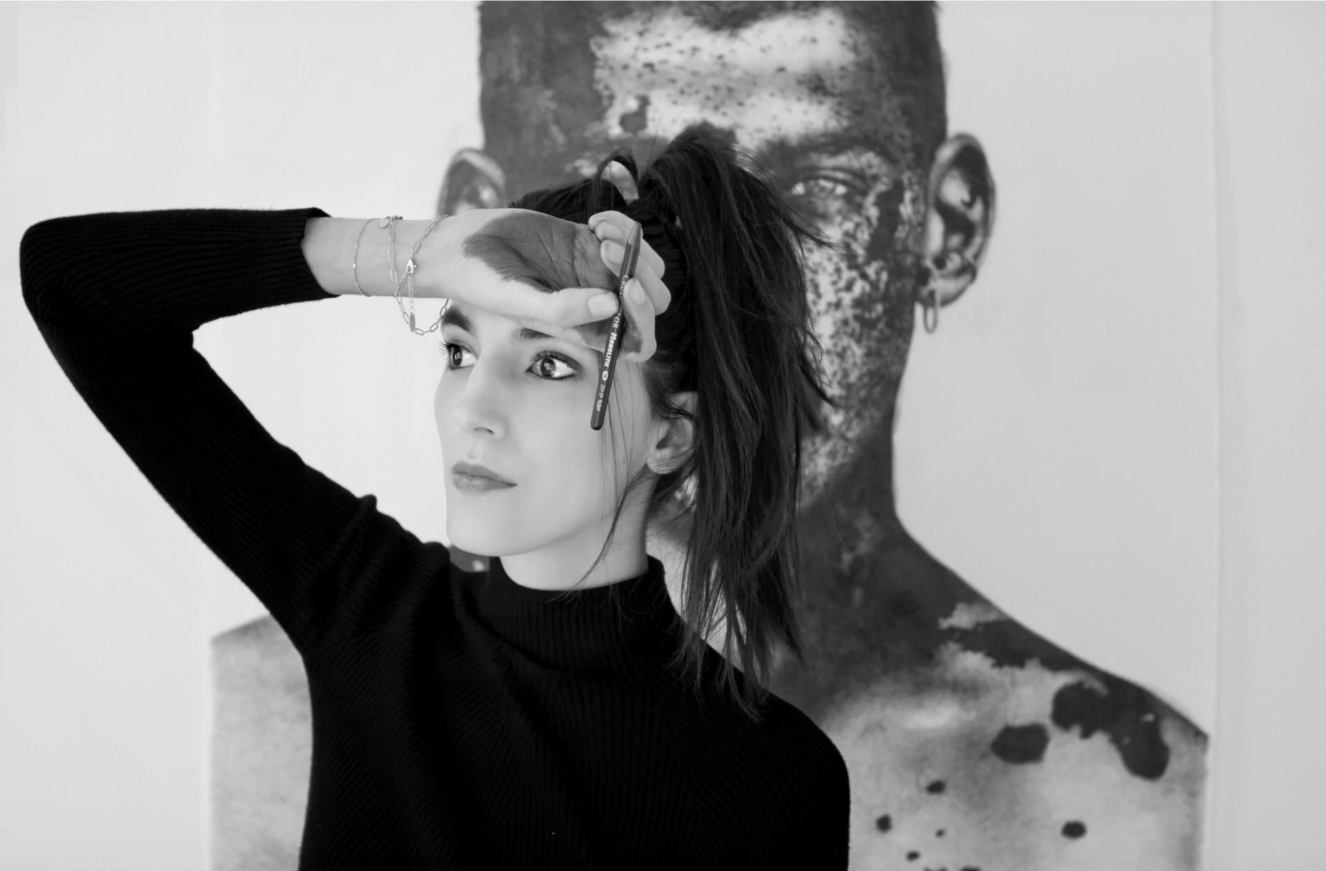 marie-boralevi-2020-in-studio-portrait.j