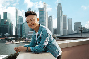 L'ET PROFILE: Kenneth Chia - Playwright