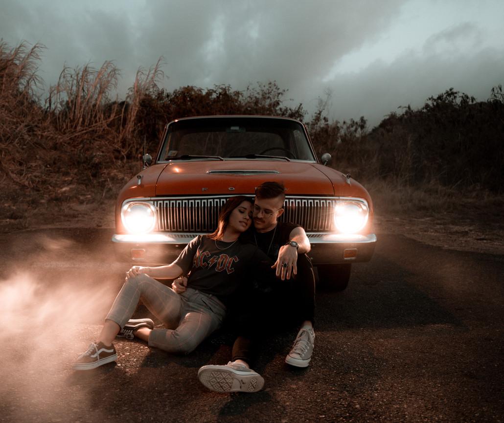 Rad car couple session photography