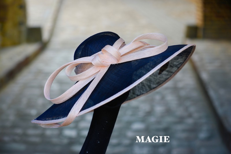 MAGIE_en_bleu_marine_&_rose_pudré