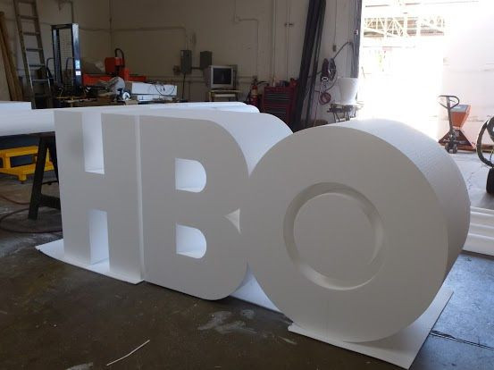 FABRICATION LETTRES GEANTES POLYSTYRENE EVENEMENTIELLES