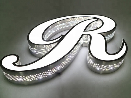 Osez les lettres lumineuses 3D pour une enseigne qui vous démarque !