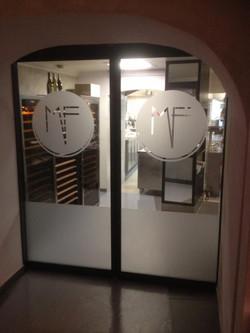 Marquage Vitrine Restaurant Aix