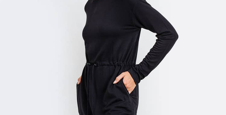 Cinched Hip Long Sleeve Top - Black