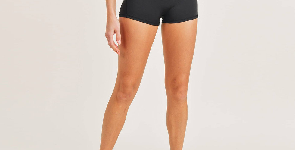 Essential Highwaist Active Shorts