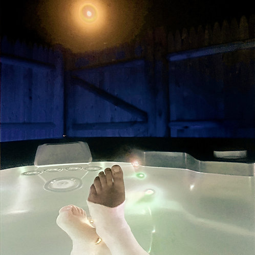 Celebration Salt Water Hot Tub Gift Certificate 1 Hour