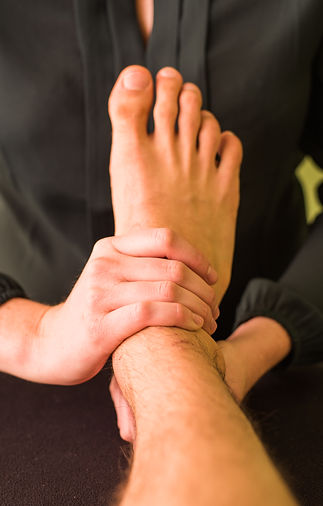 Osteopathic techniques on the anke