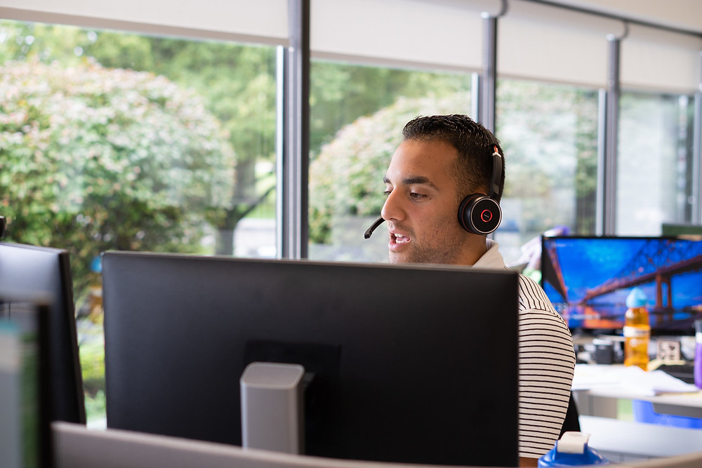 How to hire a top-performing customer service representative