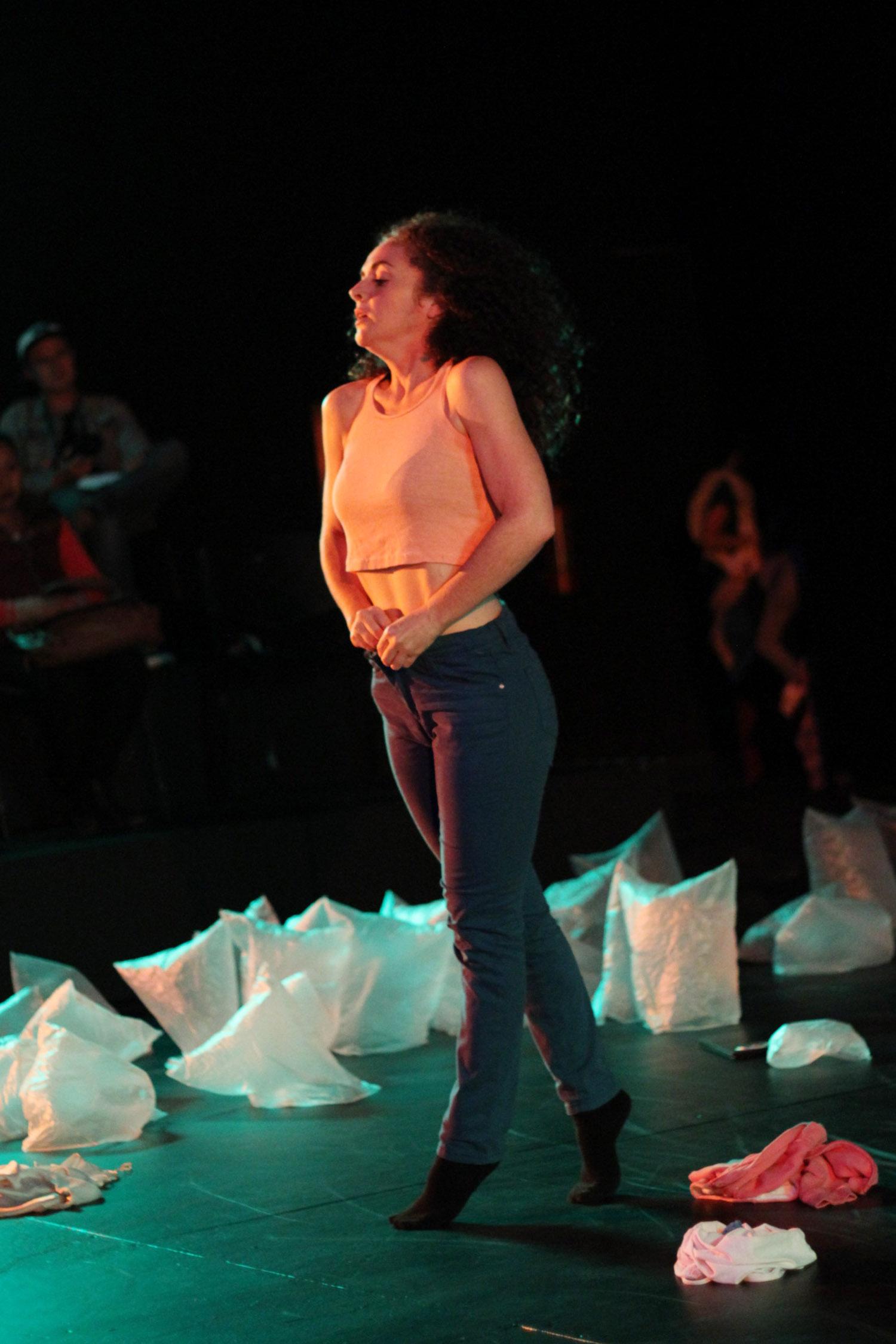 El lenguaje de lo sutil, de Alicia Sánchez. Teatro Matucana 100, Santiago de Chile