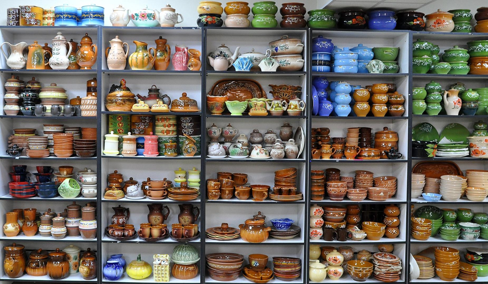 Посуда и кухонная утварь