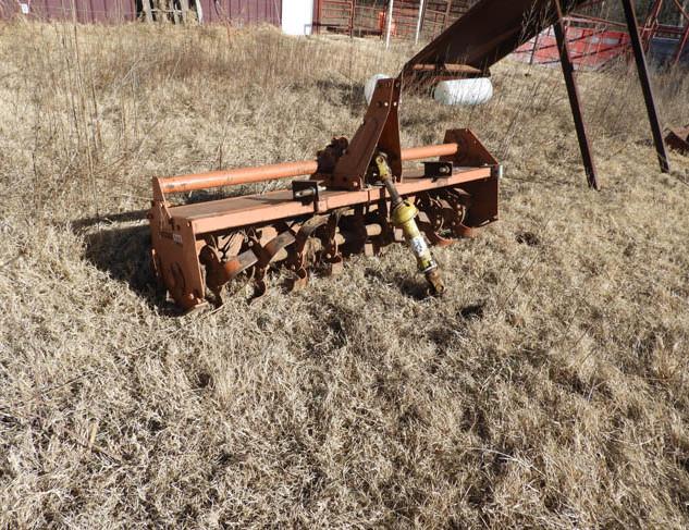 01-Farm_Auction