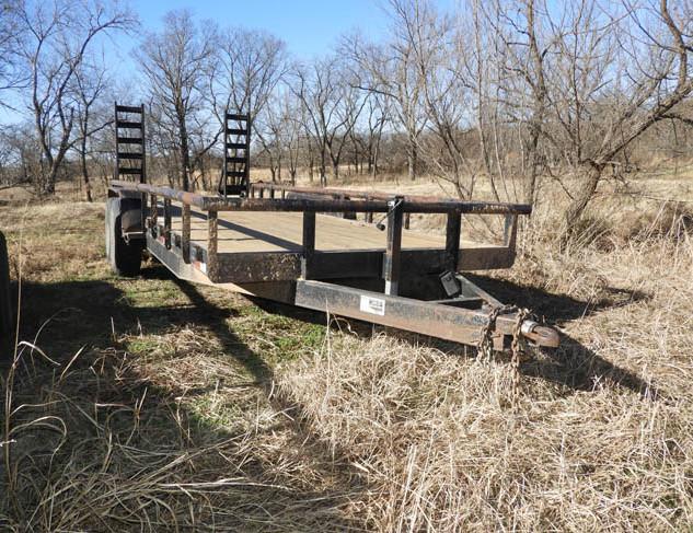 31-Farm_Auction