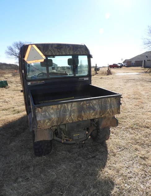 26-Farm_Auction