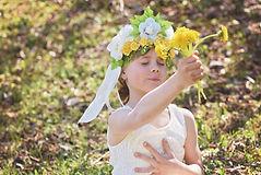 girls flowers gratitude.jpg