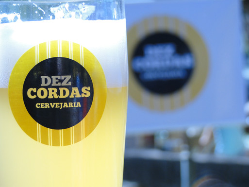 Cervejaria Dez Cordas completa 1 ano