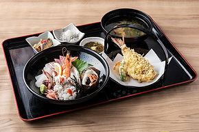 海鮮丼(中).jpg