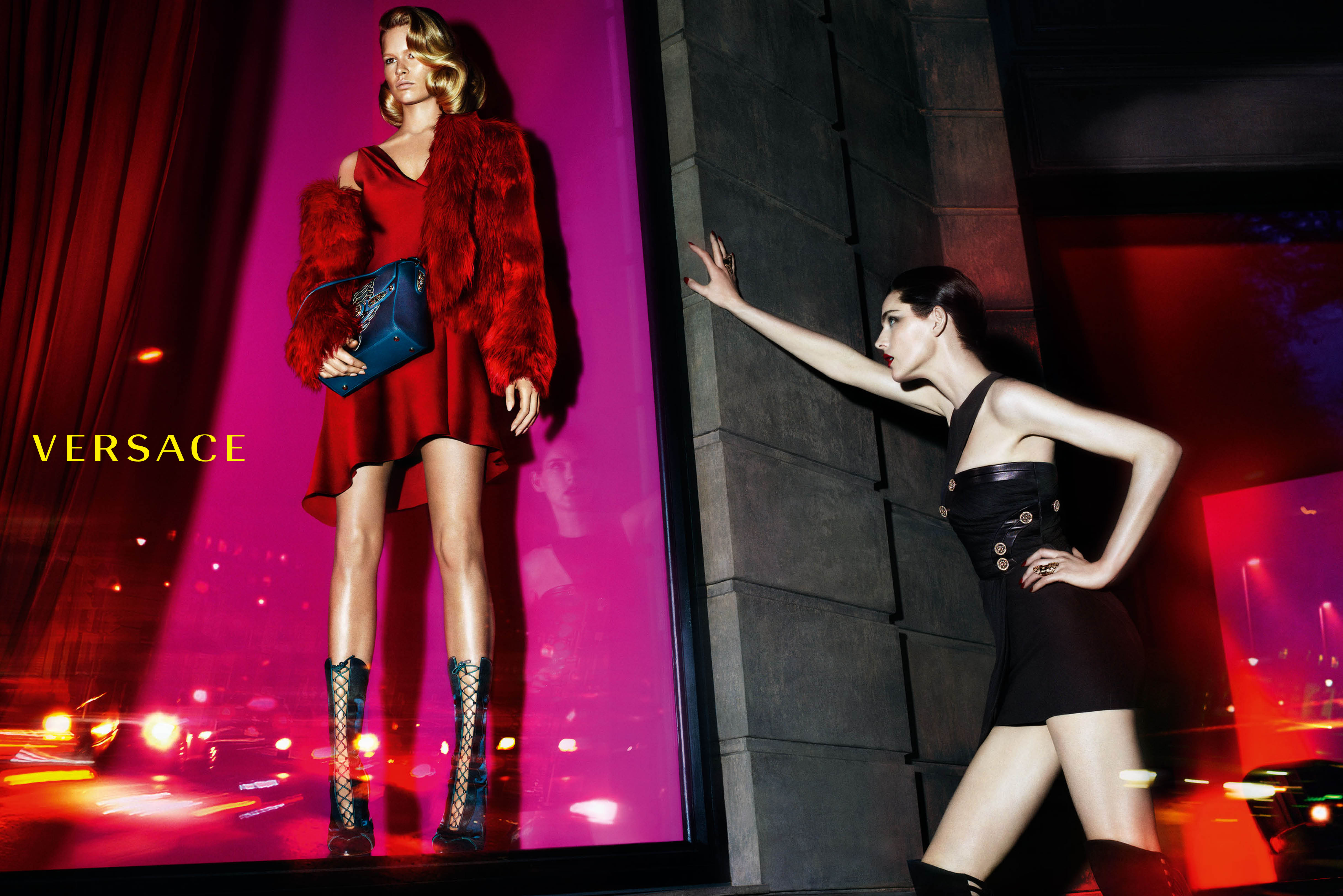 Versace-Fall-Winter-2014-1.jpg