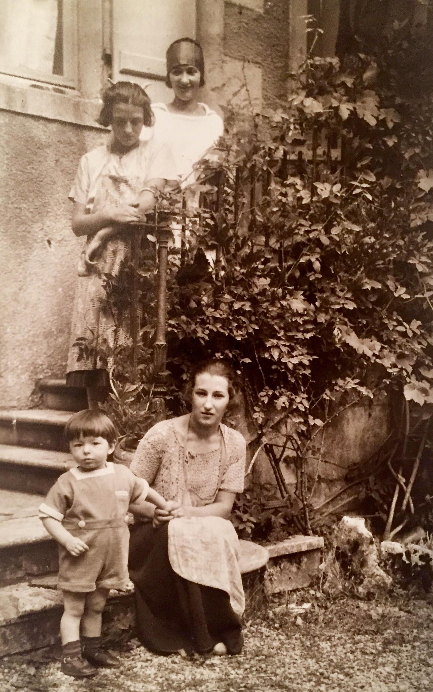 Pierre, Thérèse, Colette, Gabriel
