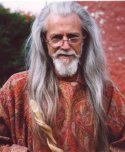 Muz Murray author of Ifflepinn Island
