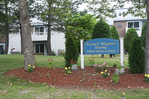 L-maguire_housing_001.jpg