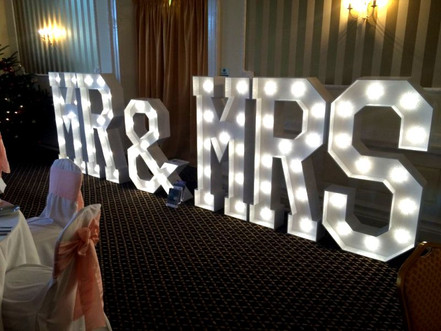Giant MR & MRS letters