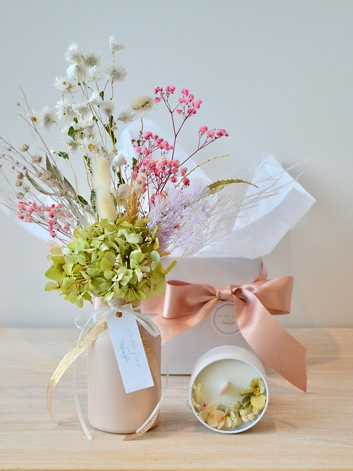 Blooms & Candle Gift Box