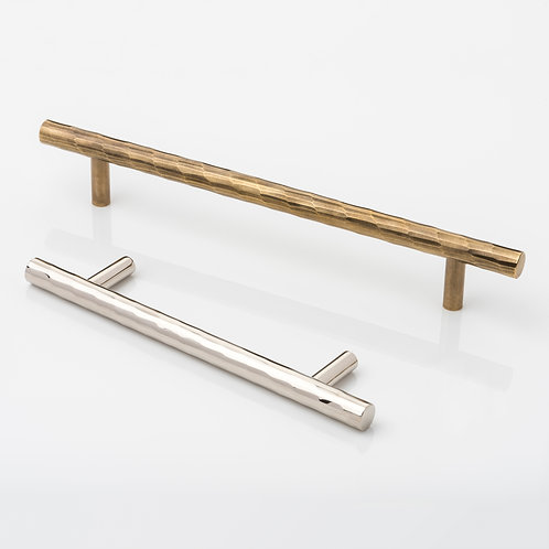 JOSEPH GILES CH1012 - 'ROLLED & HAMMERED' CABINET HANDLE