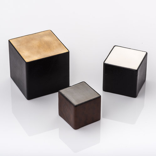 JOSEPH GILES CP1029 - 'CUBE & LEATHER' CABINET PULL WITH BRIDLE LEATHER