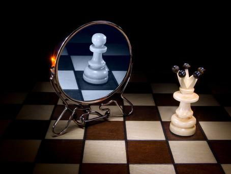 Основной твой противник и союзник - в зеркале