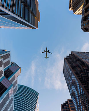 airplane-architecture-big-city-1157255.j