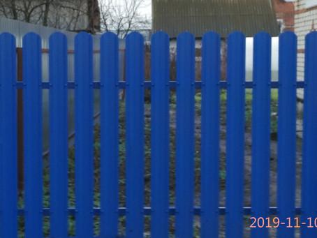 Забор без сварочных хлопот или как сделать дешево и без помощников.