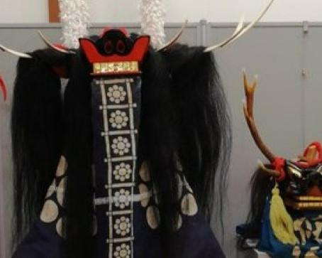 「渋谷正斗獅子頭展」に装束が展示されました!