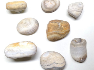 菖蒲沢海岸の石