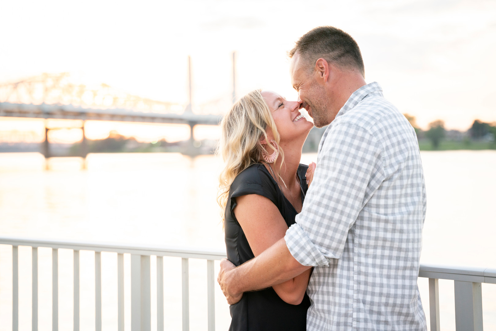 Waterfront Park Engagement Session