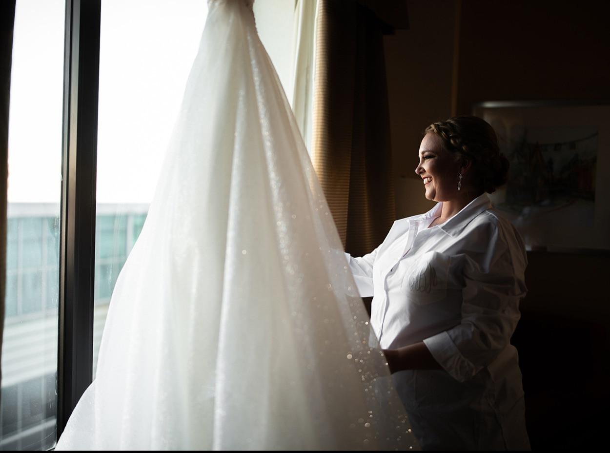 Hilton Garden Inn Louisville, Ky. 2020  © Stef Elizabeth Photo   Wedding Photographer Serving Louisville, Lexington and Cincinnati