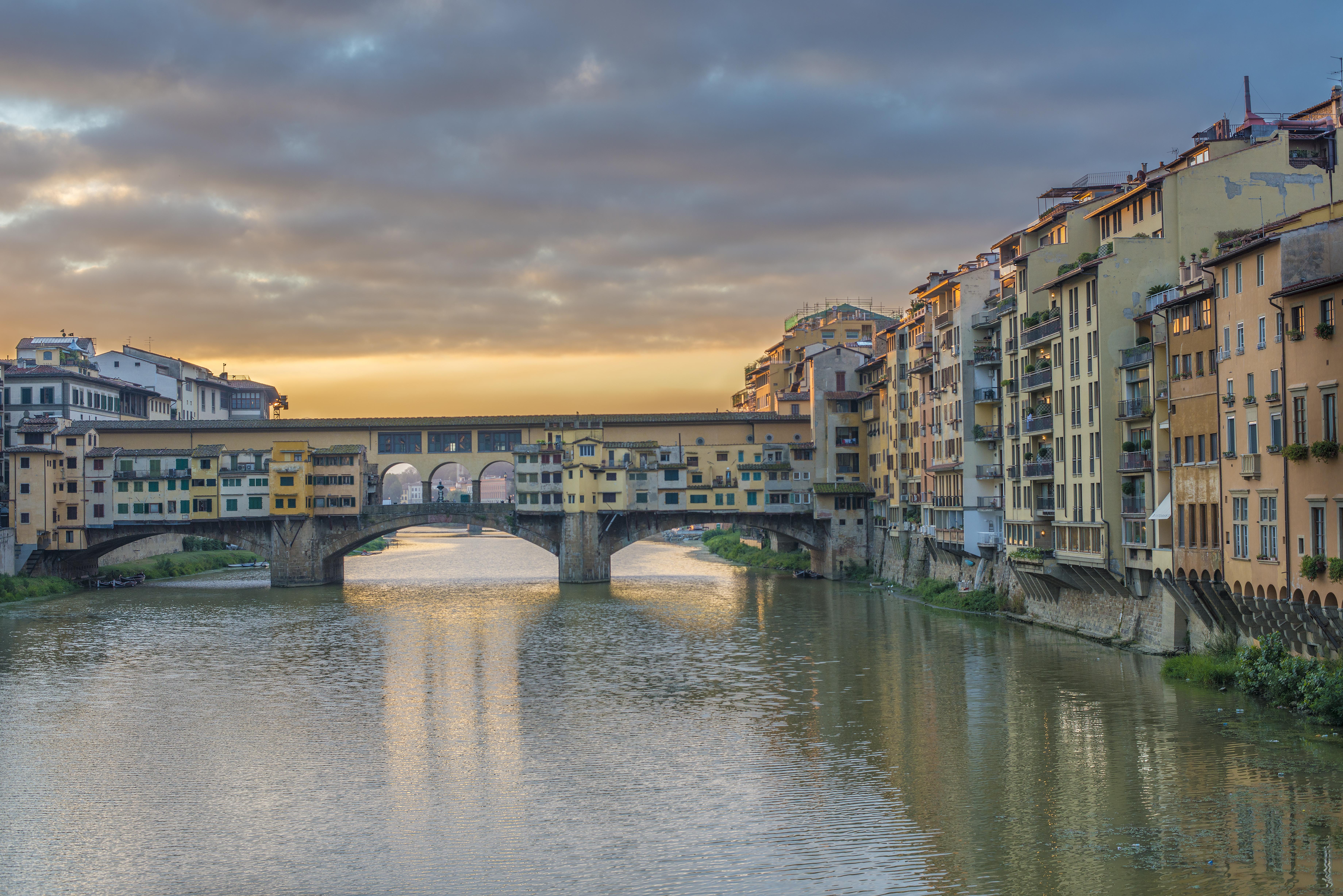 Ponte Vecchio Sunrise