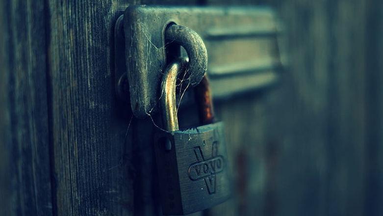 man-made-padlock-lock-wallpaper-preview.