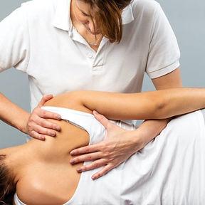 manuelle-therapie-Osteopathie.jpg