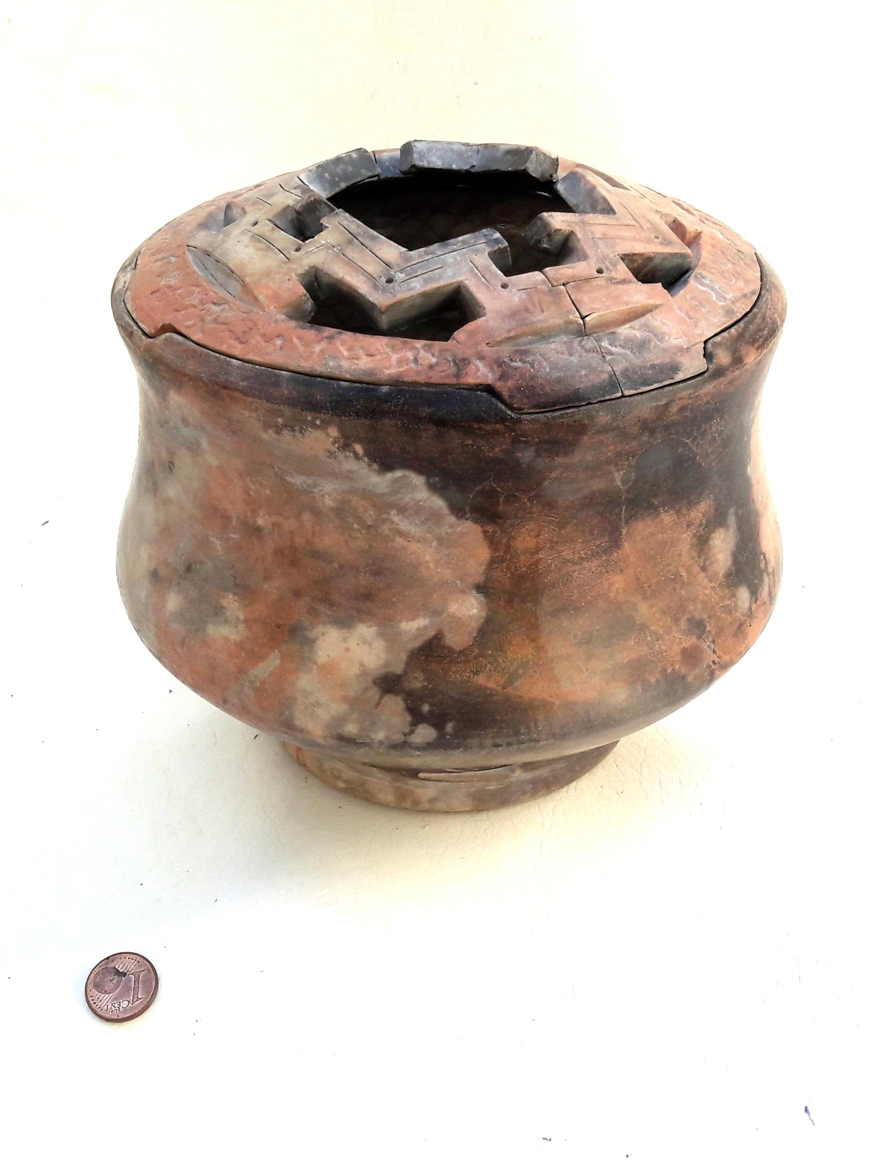 cachepot02bronze