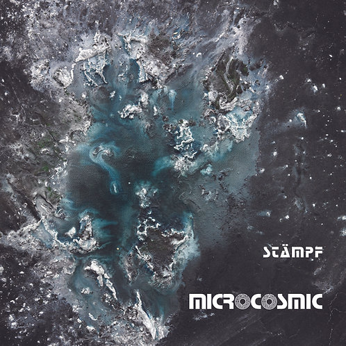 "Album ""Microcosmic"" signiert"