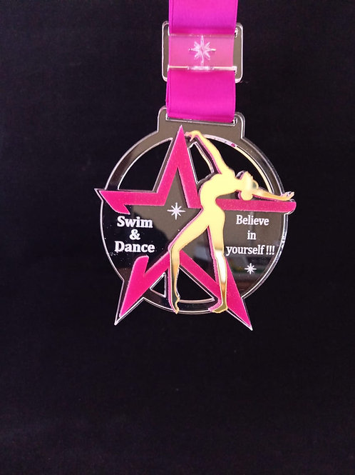 """Медаль """"Звезда"""" с лентой и с гравировкой вашего текста"""