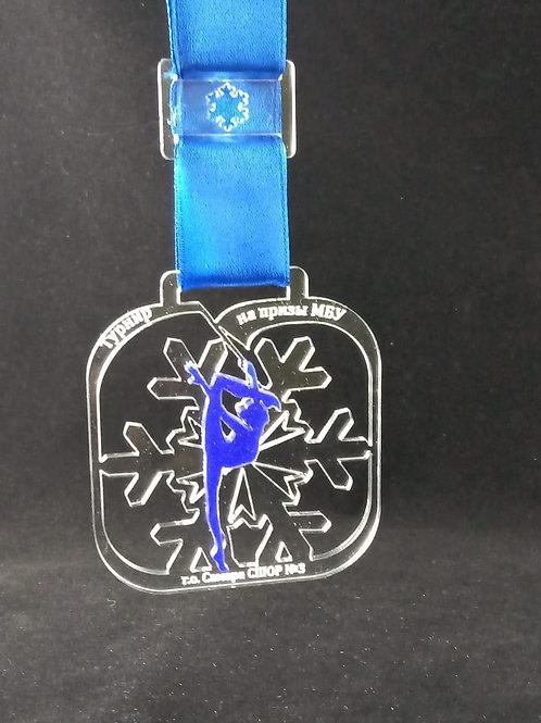 "Медаль ""Снежинка"" прозрачная в квадрате, 71х78мм"