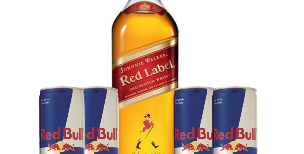 Combo Red Label + 4 latas Red Bull