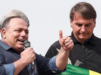 Forças Armadas, bolsonarismo e a erosão da democracia no Brasil.