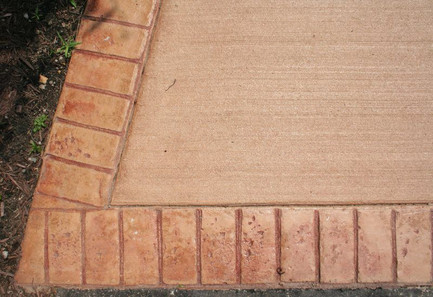 Integral Broom Finish w/ Brick Border (1 Pour)