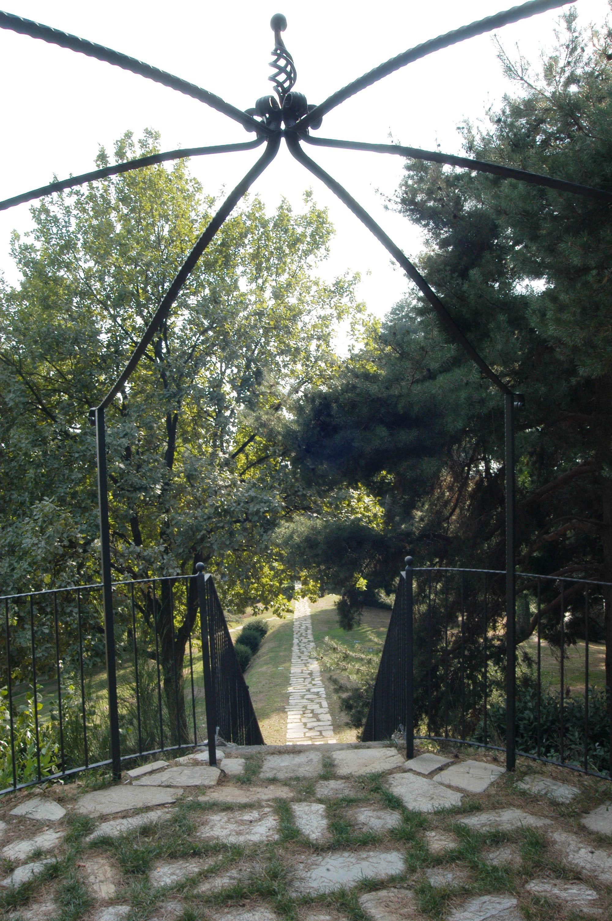 Villa Bregana_gazebo